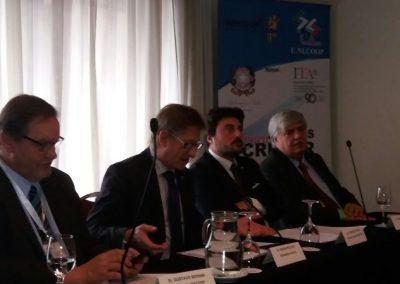 Conferenza durante la visita della delegazione Italiana dell'UNICOOP a INACOOP